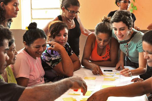 Reassentamento da Comunidade do Piquiá de Baixo, Maranhão. Processo de projeto junto aos moradores. Foto USINA
